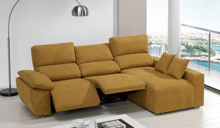 New relax motor mechanism 3 seats with chaiselongue. Made in Spain